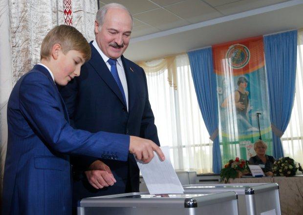 �ukaszenka prezydentem Bia�orusi. S� oficjalne wyniki wybor�w