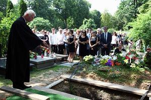Pogrzeb Juliusza Rawicza, najlepszego na �wiecie redaktora