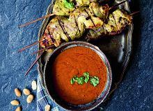 Szaszłyki zpolędwiczki wieprzowej isos satay zczerwoną pastą curry - ugotuj