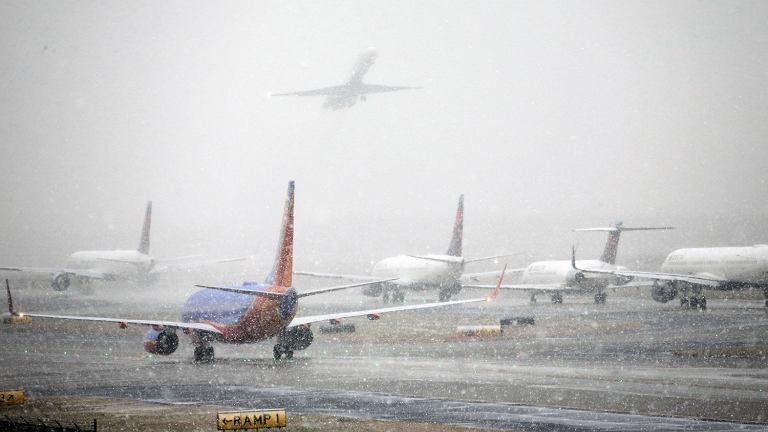 Odwolane loty przez snieg
