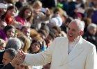 """Trzy lata pontyfikatu Franciszka: od słynnego """"dobry wieczór"""" do walki z pedofilią [NAJWAŻNIEJSZE WYDARZENIA]"""