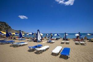 Koniec parawaningu! Ta aplikacja zarezerwuje dla Ciebie najlepsze miejsce na plaży [WIDEO]