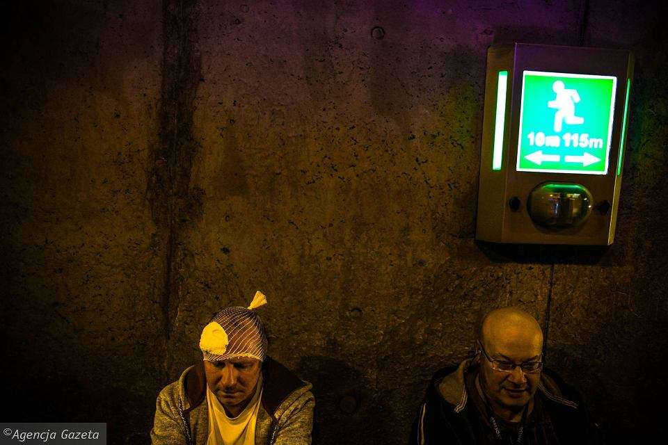 Zdjęcie numer 23 w galerii - Symulacja karambolu z kilkudziesięcioma rannymi. Duże ćwiczenia w tunelu pod Martwą Wisłą [ZDJĘCIA]