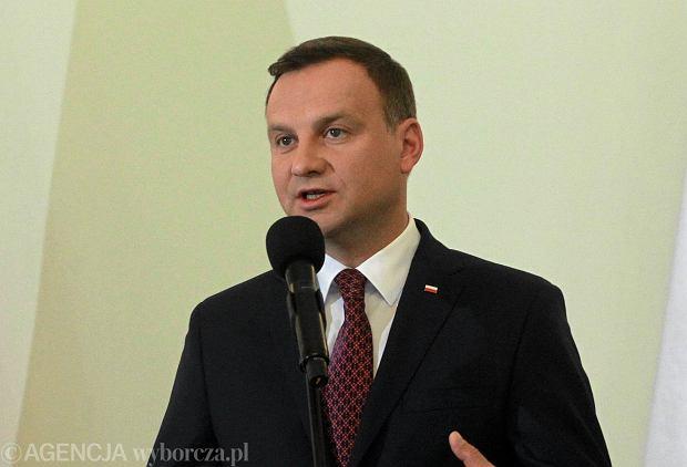 Andrzej Duda w poniedzia�ek poka�e projekt ustawy o wieku emerytalnym