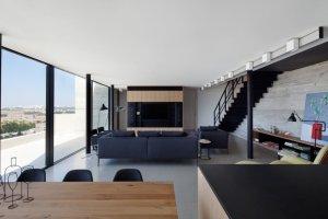 Wn�trza: dwupoziomowy apartament w Tel Awiwie