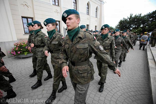 Zdjęcie numer 1 w galerii - Wojskowe pojazdy i broń. Legia Akademicka jedzie na Anakondę [ZDJĘCIA]