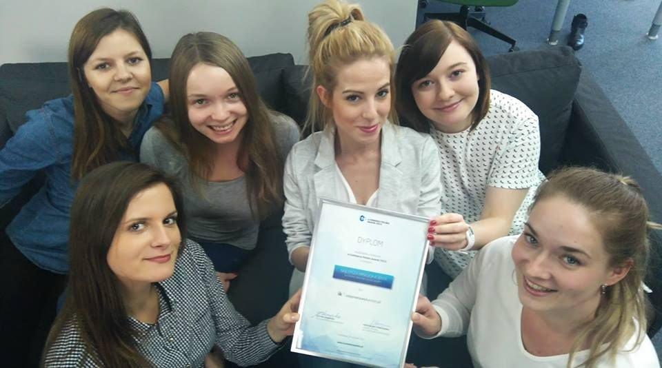 Zespół internetowykantor.pl cieszy się z wyróżnienia E-Commerce Polska (facebook.com/internetowykantorpl)