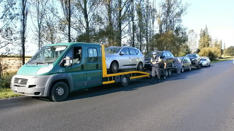 Skład pojazdów zatrzymany przez policję