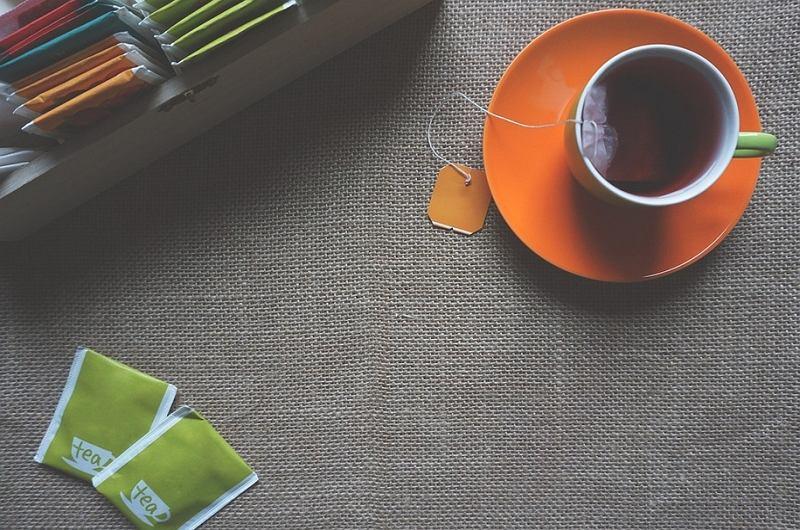 Parzenie herbaty / fot.Pixabay