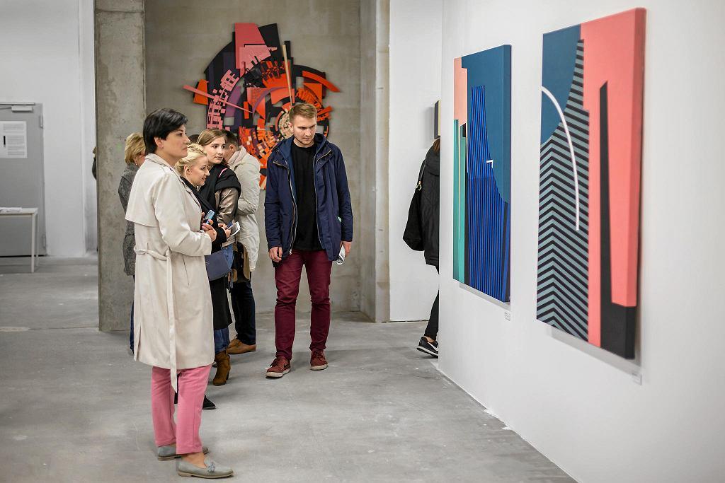 Wystawa Nowy porządek' towarzysząca festiwalowi Street Art Doping w galerii Pop up w Centrum Koneser  / MACIEJ KRÜGER