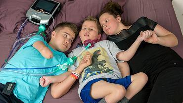 Rodzeństwo Oczkowskich. Od lewej: Franek, Jasiek, Ewa