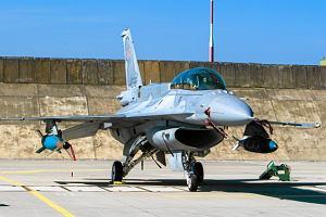 Ile kosztuje godzina lotu F-16? Rocznie na samo paliwo i materia�y eksploatacyjne wydajemy 420 mln z�