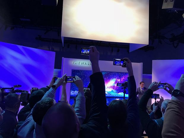 Prezentacja Samsung The Wall
