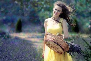 Pastelowe sukienki - ultrakobiecy wybór na lato [Stylizacje]