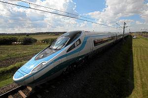 Pociągi w Polsce przyspieszą do 250 km/h. Rząd już wie, jak to trzeba zrobić