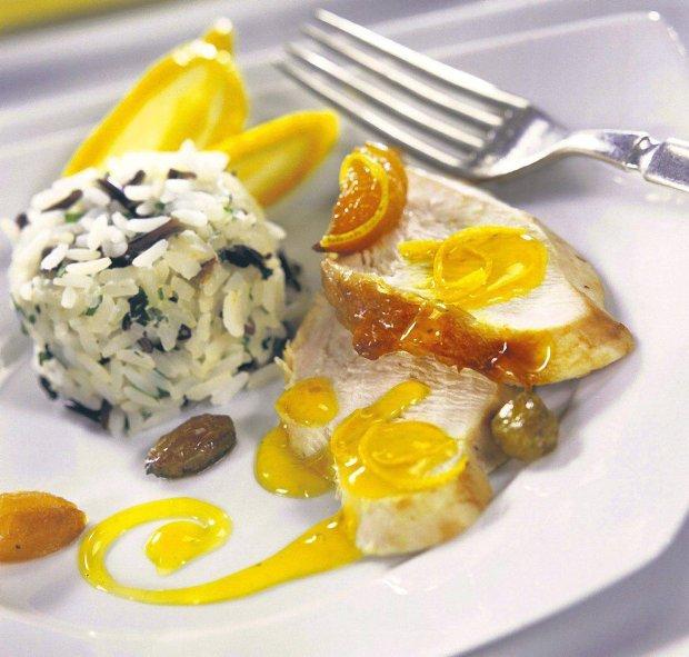Pier� indyka z sosem cytrynowym