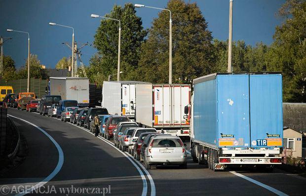 Chcesz prowadzi� w Polsce firm� transportow�? Przygotuj si� na spore wydatki