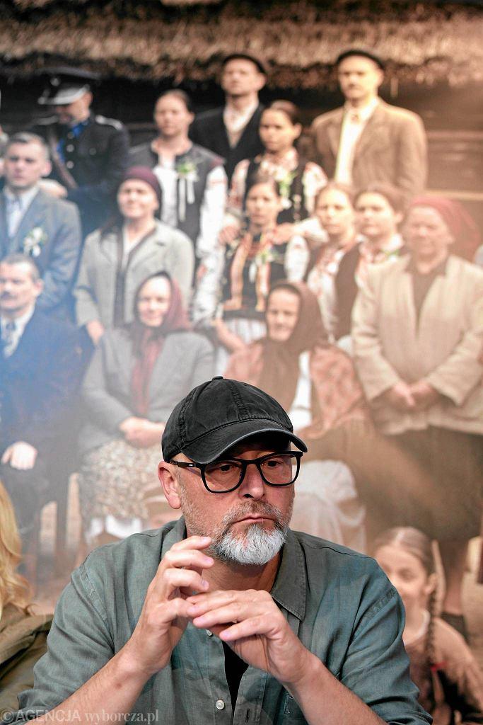 Reżyser Wojciech Smarzowski podczas konferencji prasowej po zakończeniu zdjęć do filmu