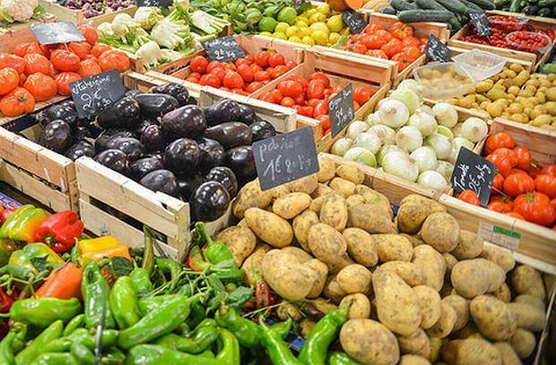 Ten sezon wyjątkowo nas rozpieszcza. Możemy wybierać wyłącznie świeże warzywa, chociaż są takie, które dzięki obróbce zyskują