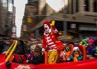 Inwazja klaunów-zabójców. Od USA po Skandynawię ludzi straszą przebierańcy z bronią