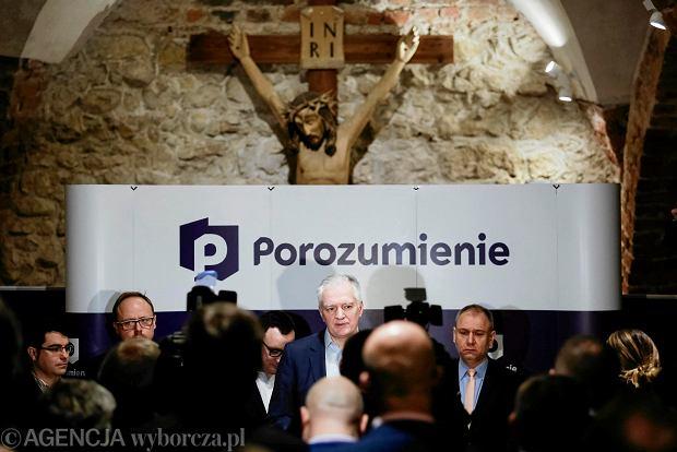 Gowin w katakumbach u cystersów: Czekamy na kandydatkę na prezydenta Krakowa z PiS