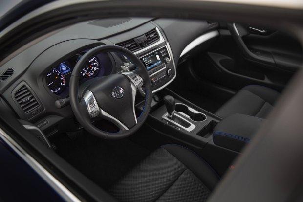Nowy Nissan Altima