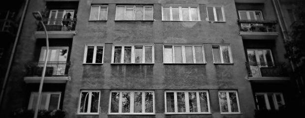 W tym domu przy Spiskiej 14 Niemcy aresztowali dowódcę AK gen. Stefana Roweckiego. Zdrajców skazano na karę śmierci