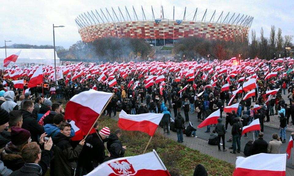 Marsz Niepodległości pod Stadionem Narodowym