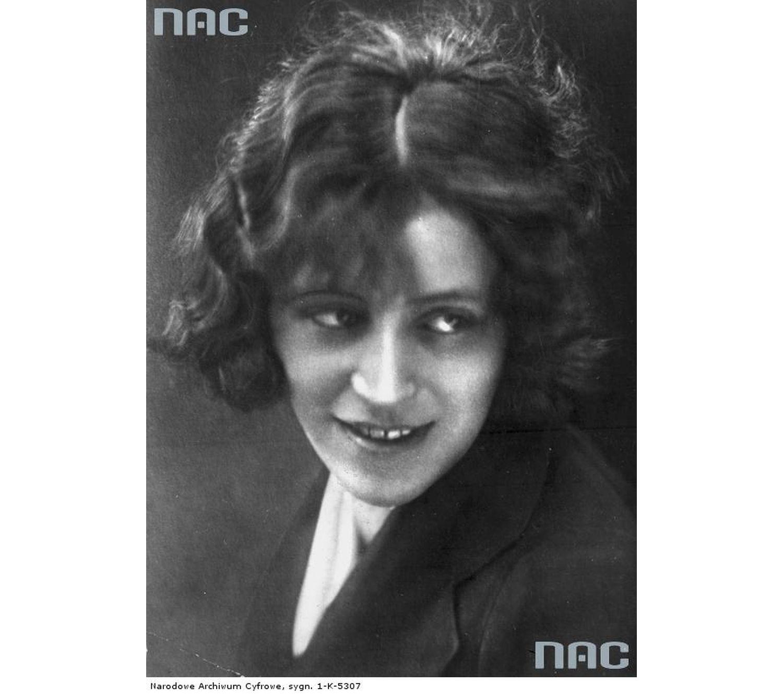 Zofia Stryjeńska w 1930 roku (fot. Narodowe Archiwum Cyfrowe)