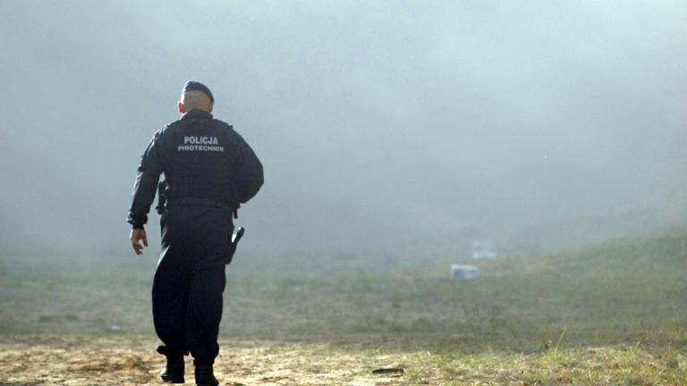Policyjny pirotechnik - zdjęcie ilustracyjne