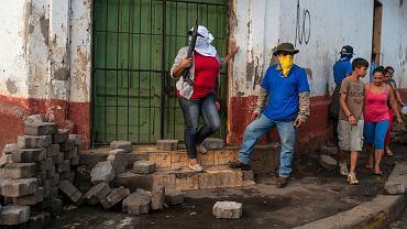 Krwawy opór. Bojówki antyrządowe na barykadach po starciach z policją w miejscowości Masaya