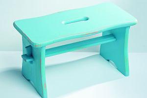Postarzanie mebli: Jak postarzyć stołek w stylu shabby chic?