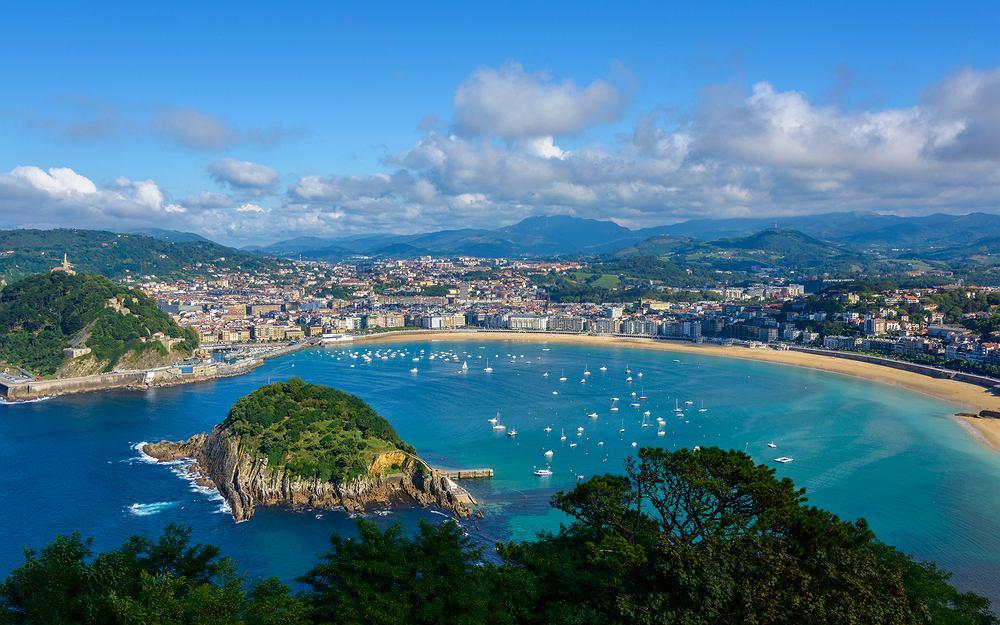 Widok na San Sebastian w Kraju Basków