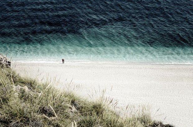 Hiszpania. Plaża nudystów Playa de los Muertos / fot. CC BY 2.0/ Flickr.com