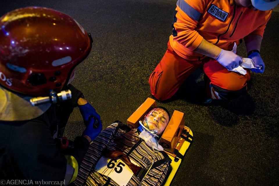 Zdjęcie numer 20 w galerii - Symulacja karambolu z kilkudziesięcioma rannymi. Duże ćwiczenia w tunelu pod Martwą Wisłą [ZDJĘCIA]