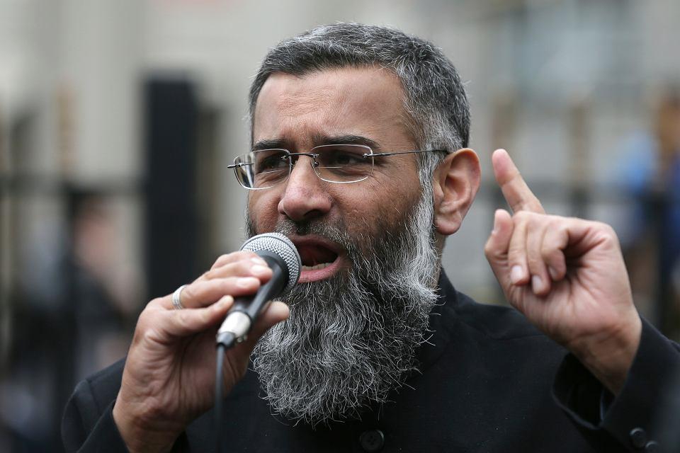 Brytyjczycy wypuścili z więzienia radykalnego kaznodzieję Anjema Choudary'ego.