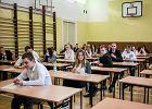 Dzi� egzamin gimnazjalny z j�zyk�w obcych. Najwi�cej uczni�w zdaje angielski