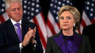 Hillary Clinton podczas przemówienia po przegranych wyborach
