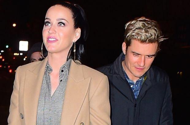 Katy Perry i Orlando Bloom ponad rok po rozstaniu podobno do siebie wrócili. Swoim ostatnim zachowaniem piosenkarka jeszcze podsyciła plotki.