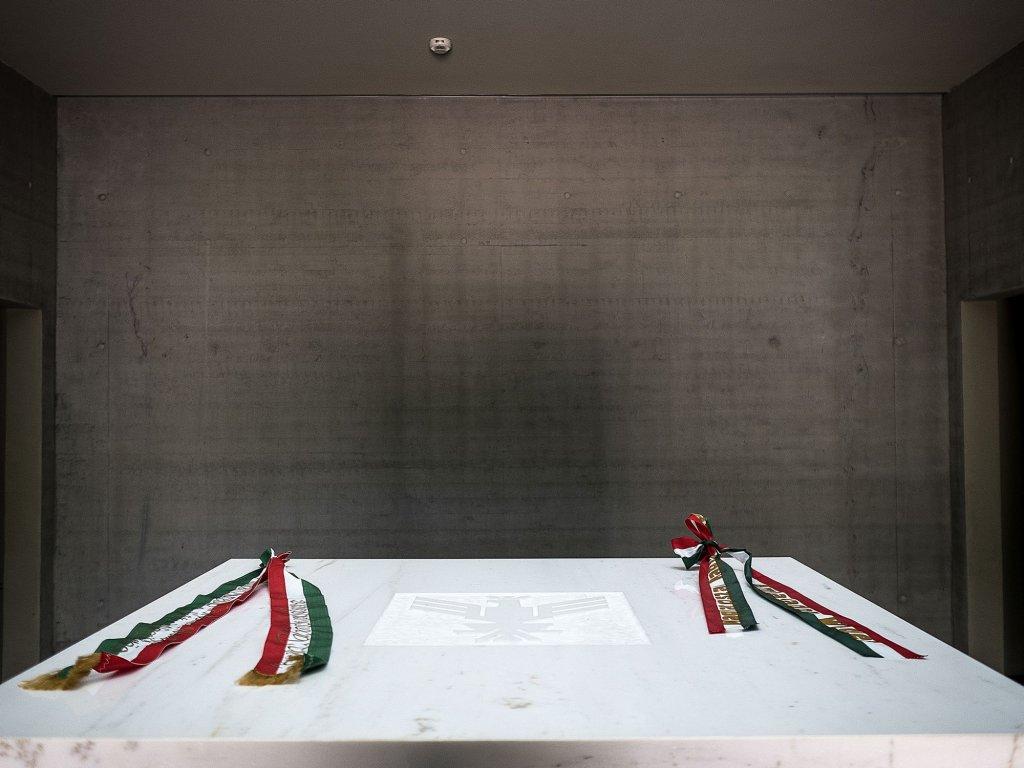 Wnętrze mauzoleum (fot. Filip Springer)