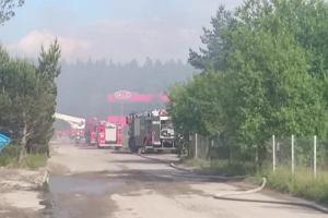 Akcja gaśnicza na terenie zakładów Polifarb