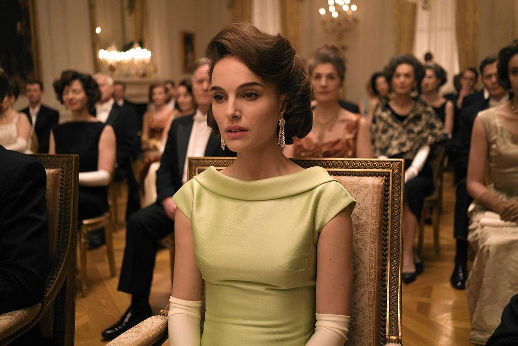 Natalie Portman w roli Jacqueline Kennedy w filmie 'Jackie' / KINO ŚWIAT