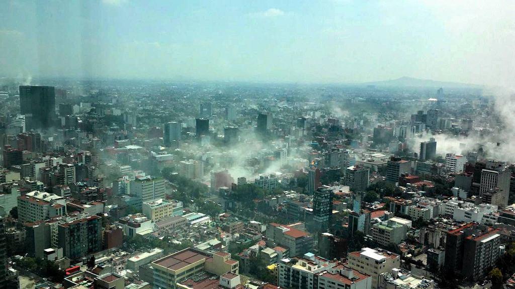 Wstrząsy o magnitudzie 7,1 nawiedziły centralną część Meksyku