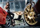 Dziewczyny i samochód | To nie sen, to Java