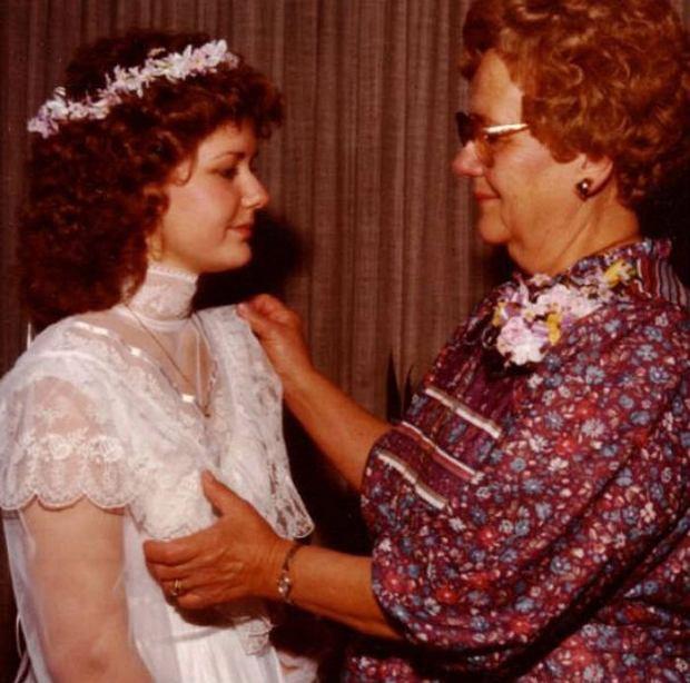 Zdjęcie numer 0 w galerii - Trudno uwierzyć, że o takim ślubie marzyła panna młoda. A te są naprawdę okropne...