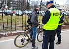 Za co i jak policja najcz�ciej karze rowerzystów? Mandaty mog� bole�