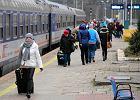 PKP: w poniedziałek w całej Polsce 82 składy z 4 tys. miało opóźnienie ponad godzinę