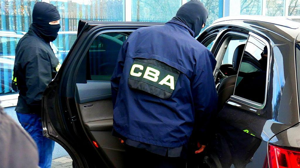 W sprawie SK Bank Wołomin agenci CBA zatrzymali kilkadziesiąt osób
