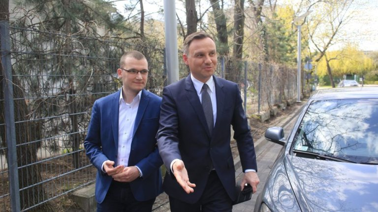 Andrzej Duda i Paweł Szefernaker w drodze do redakcji Gazeta.pl