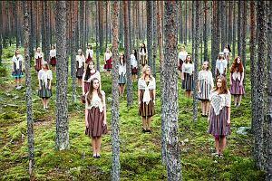 Opera, balet i koncerty na dziedzińcu Zamku Królewskiego.  Startuje festiwal Ogrody Muzyczne